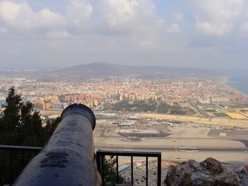 An old cannon protecting Gibralter from attack by the French and Spanish during the Great Siege of 1779/1783