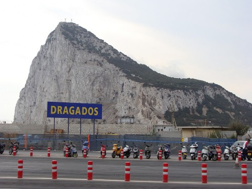 The rock from the customs office parking lot.  Dragados means dredging machines